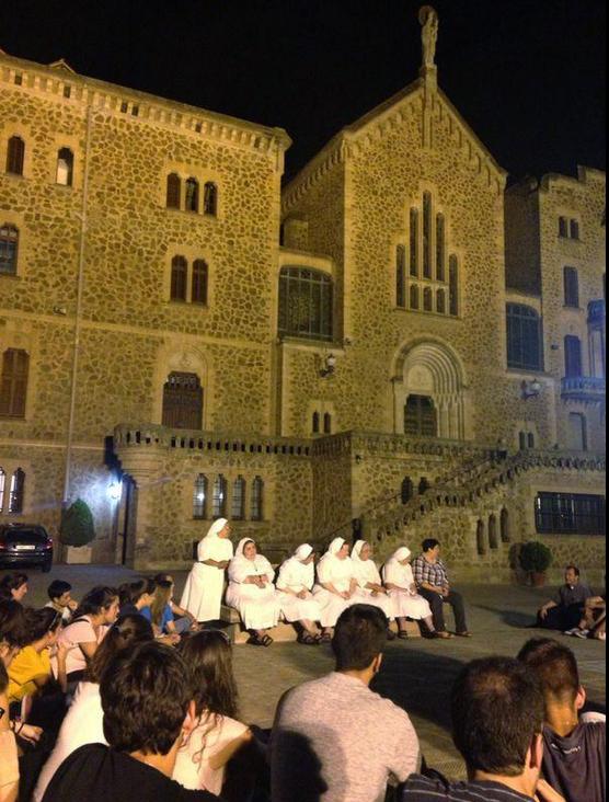 Madres de Desamparados y San José de la Montaña.