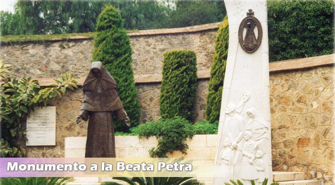 16 Octubre: Festividad Beata Petra.