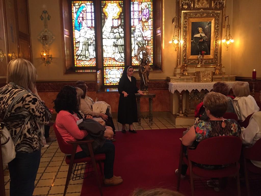 oratorio de Beata Petra, antiguas alumnas de Catarroja.