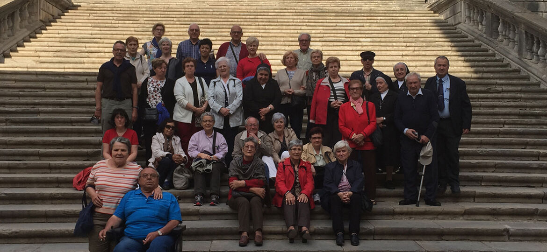 Visita a Girona: grupo escalinata