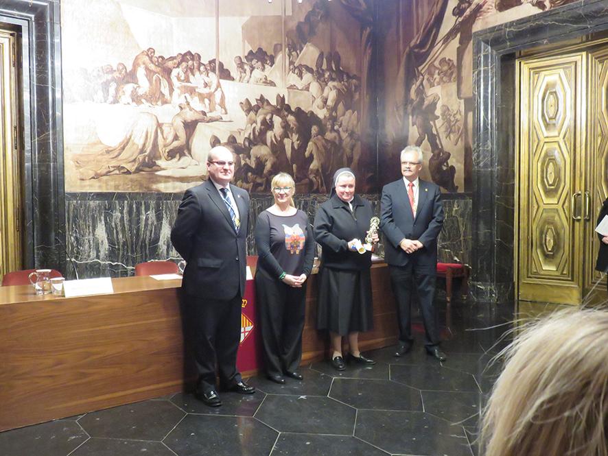 Madre Paloma García del Río. Premio Inmaculada 2016. HogaresMD.