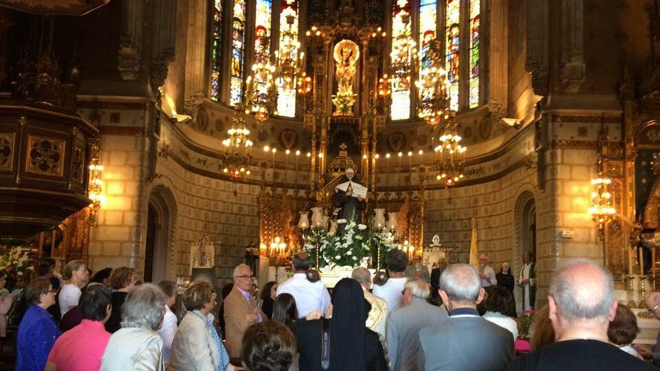 procesion-en-iglesia