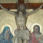 Semana Santa 2016. Imagen de cristo crucificado en el Real Santuario de San José de la Montaña. Barcelona. Viernes de Cuaresma