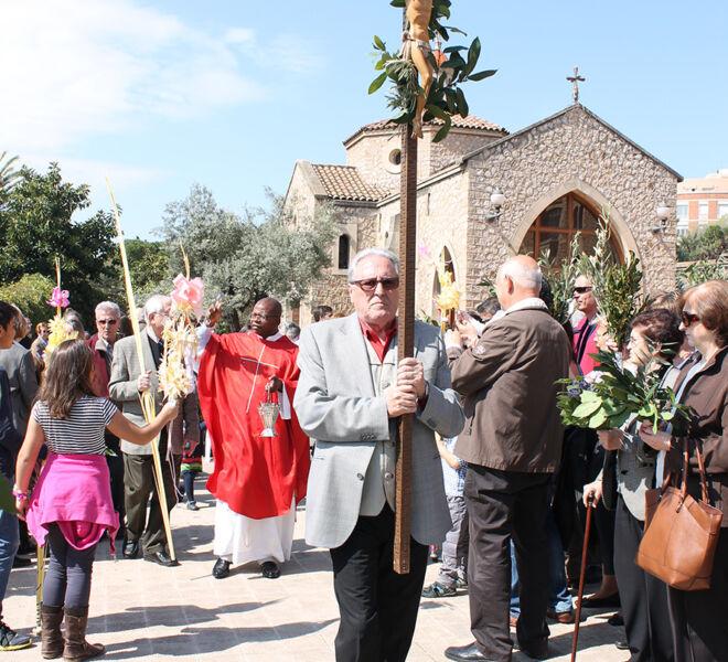 Cristo. Domingo de Ramos. Jesús en la cruz. Real Santuario de San José de la Montaña. Barcelona