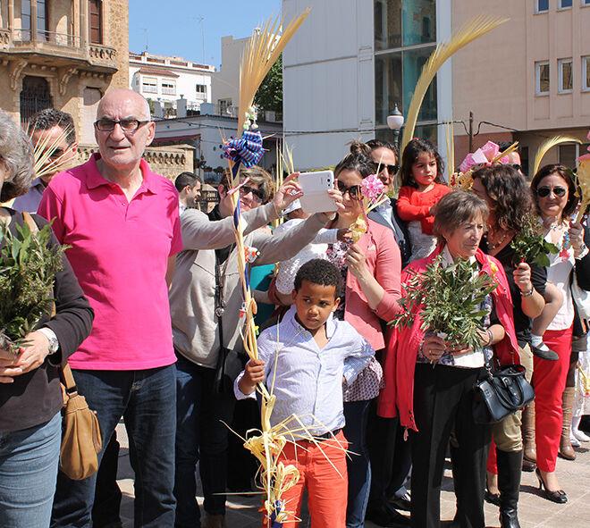 Domingo Ramos. Palmas, palmones, ramas de olivo. Tradición cristiana. Tradición católica.